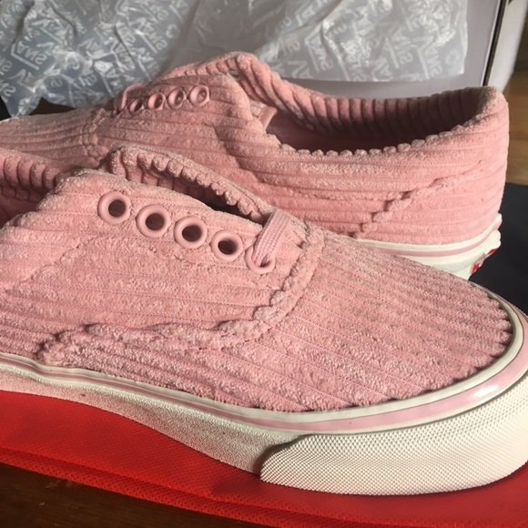 vans corduroy shoes